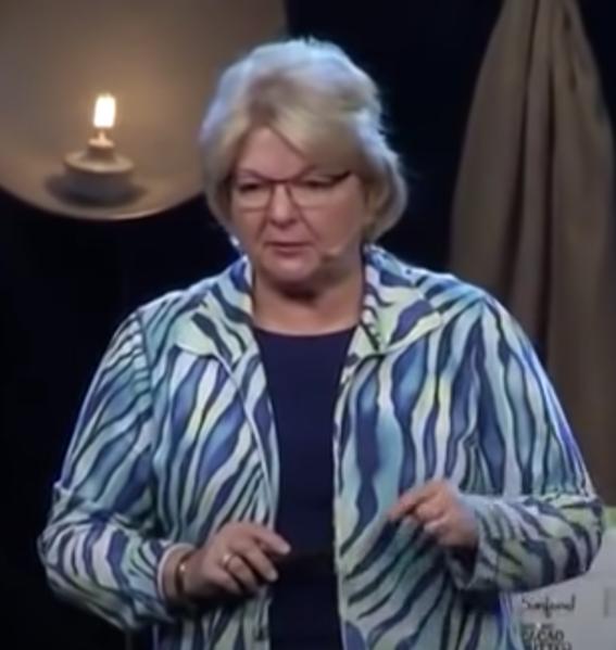 Video das viral geht, zeigt Ärztin die Politiker vor der Covid-Impfung warnt