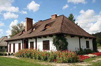 Kolbuszowa - Image: Skansen Kolbuszowa chałupa z Sędziszowa Małopolskiego 03.09.2010 p 2