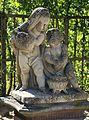 Skulptur frierende Kinder Hofgarten Wuerzburg-1a.jpg