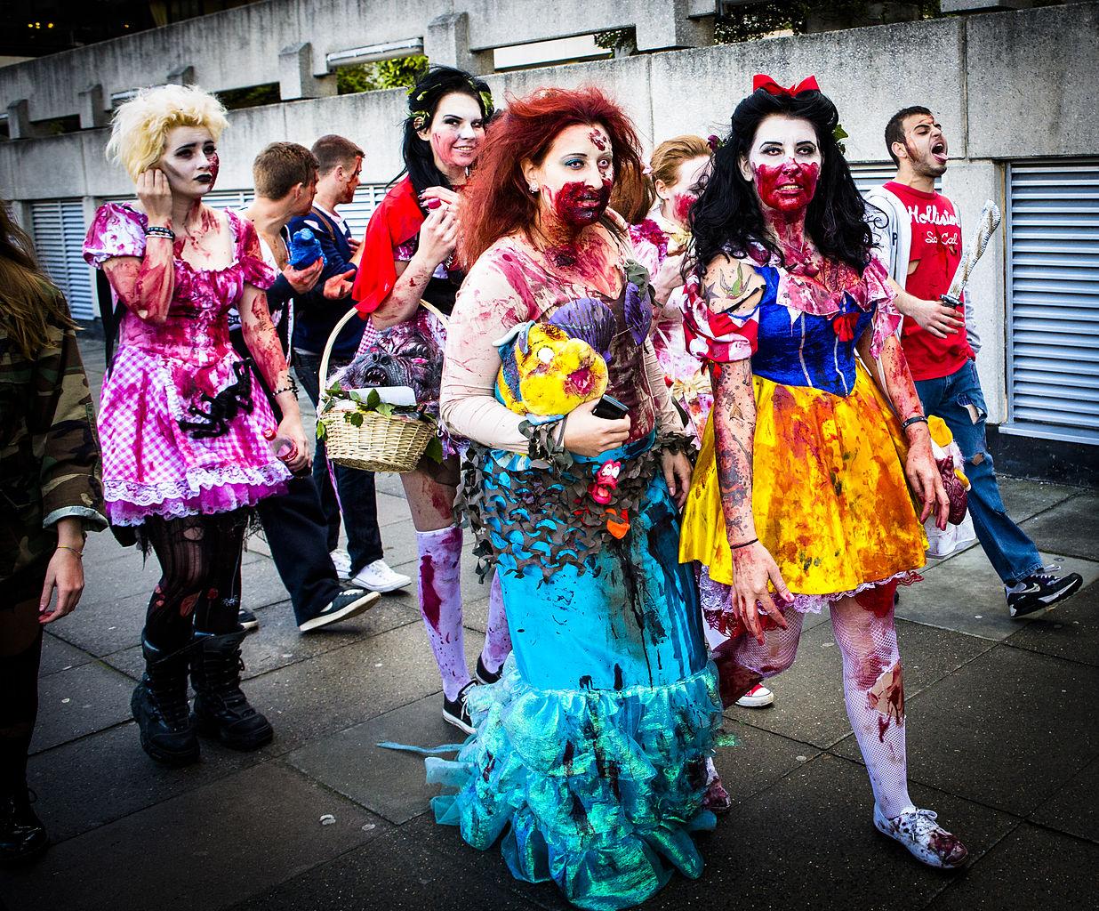 Zombie Little Mermaid Costume File:Snow White ^ Litt...
