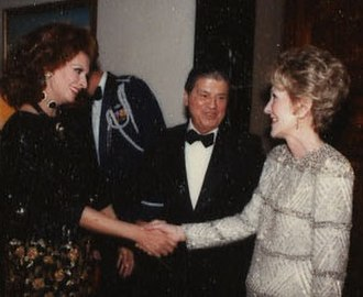 Maxwell M. Rabb - 1985, (in center)