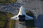 Space Shuttle Atlantis Rolls Slowly to Its New Home 02.jpg