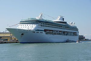 Splendour of the Seas 2011.jpg