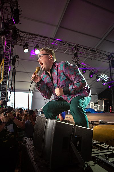 Picture of a band or musician: St. Paul And The Broken Bones