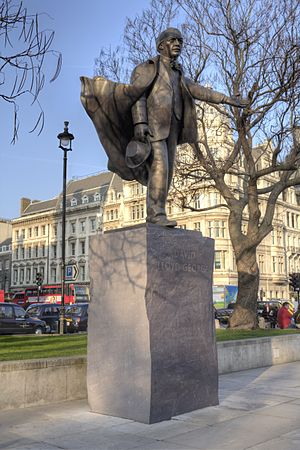 Statue of David Lloyd George, Parliament Square - Lord Lloyd-George's statue in 2015