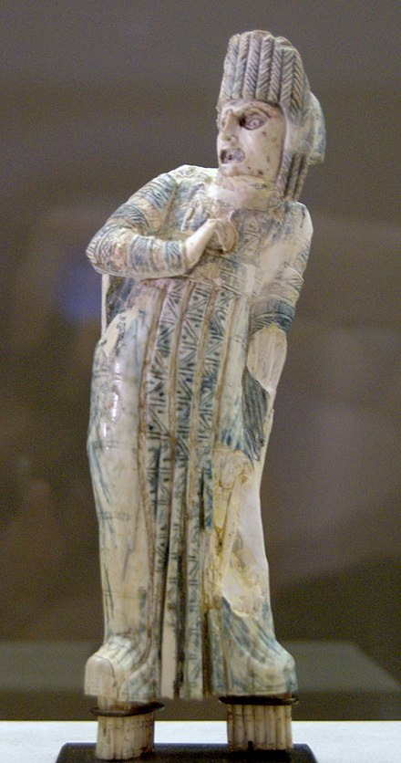 An ivory statuette of a Roman actor of tragedy, 1st century CE. Statuette actor Petit Palais ADUT00192.jpg