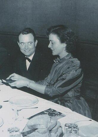 František Čáp - Image: Stevan Kragujevic, František Čáp & Metka Gabrijelcic, premijera filma u Beogradu, 1953