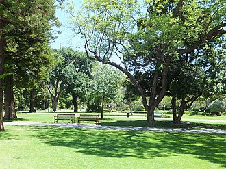 Stirling Gardens - Image: Stirling Gardens view south