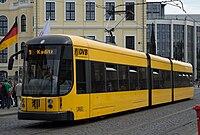 Straßenbahnwagen 2625 Dresden.jpg