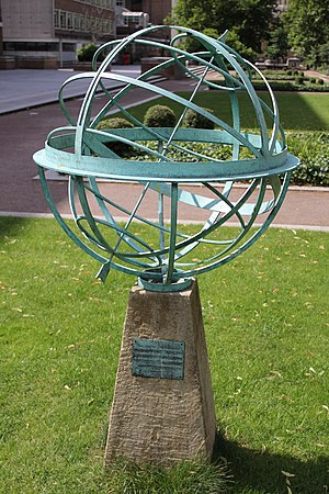 Torrington Square - Armillary sphere sundial outside Birkbeck College in Torrington Square, unveiled on 12 June 2008 by Princess Anne to commemorate the 150th anniversary of the University of London External System.
