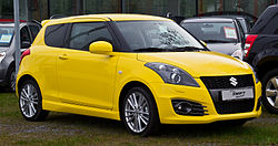 Suzuki Swift Sport (FZ NZ) – Frontansicht, 14. April 2013, Düsseldorf.jpg
