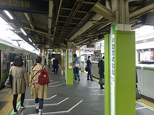 Takadanobaba Station - Image: Takadanobaba Station JR Yamanote line March 30 2016