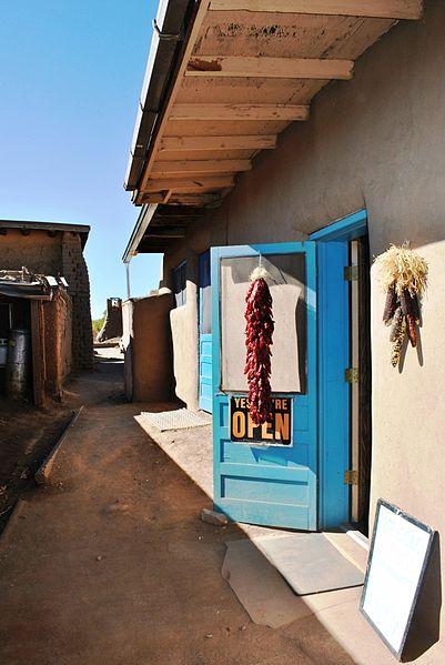 File:Taos Pueblo 080.JPG