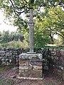Tauriers - Croix sur le chemin de la chapelle.jpg