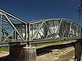 Tczew, natírání železničního mostu.JPG