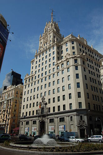 Telefónica Building - Street view of the Telefónica Building from Red de San Luis Square