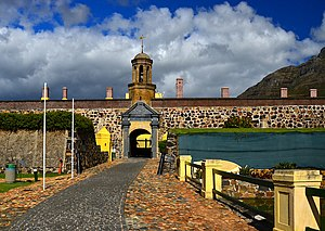 The Amazing Race Norge 2 - Cape Town's Castle of Good Hope, the first Pit Stop on the second Norwegian Amazing Race.