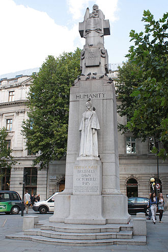 Edith Cavell Memorial - The main sculpture and south face of the memorial in 2011