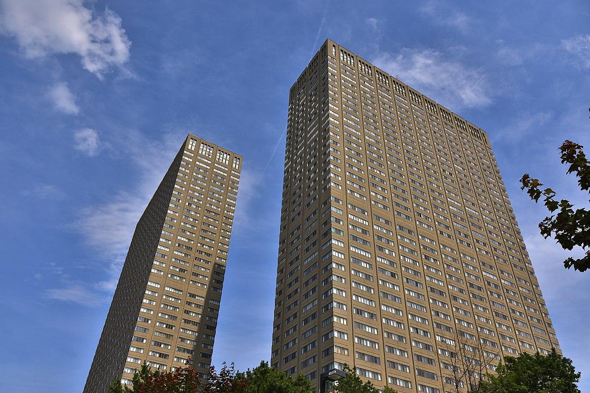 Leaside Towers Wikipedia