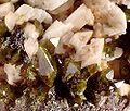 Titanite-Albite-118010.jpg