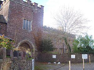 Tiverton Castle - External view of the gatehouse, Tiverton Castle