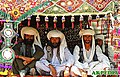 Traditional dresses of Pakistan.jpg
