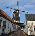 """Traditional flourmill """"de Fortuin"""" at Hattem. Nowadays a touristic attraction - panoramio.jpg"""