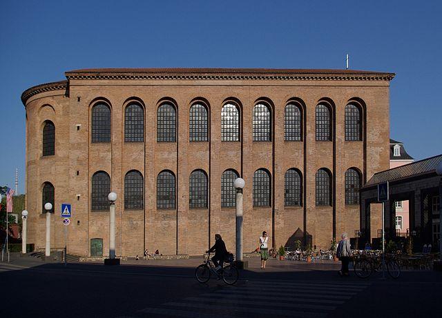 Trier Konstantinbasilika BW 2