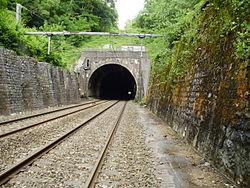 Tunnel de Bréval entrée ouest.jpg