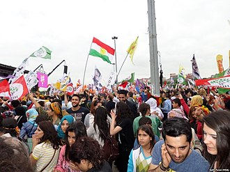 Kurdish–Turkish conflict (1978–present) - HDP supporters celebrating their election result in İstanbul, 8 June 2015
