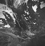 Tyeen Glacier, hanging glacier and glacial remnents, September 1, 1977 (GLACIERS 5947).jpg