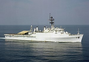 USS La Salle (AGF-3) underway in the Persian Gulf in 1990