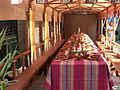 Una mesa medieval (9738507461).jpg