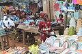 Une Vendeuse d'assiette 03.jpg