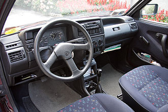 Volkswagen Polo - Interior