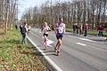 Veel vrouwen deden mee met de marathon Rotterdam 2015.jpg