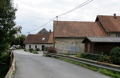 How to get to Vič with public transit - About the place