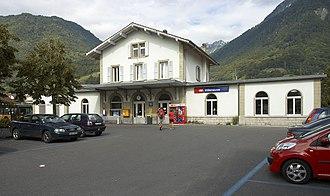 Villeneuve, Vaud - Train and bus station in Villeneuve