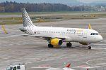 Vueling, EC-MAN, Airbus A320-214 (31050063460).jpg