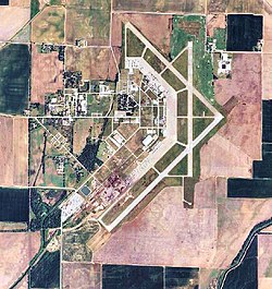 Walnut Ridge Regional Airport 2006 USGS.jpg
