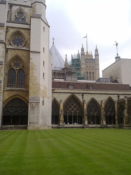 File:Westminster Abbey cloisters looking towards the Houses of Parliament.jpg