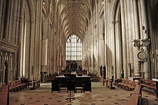Winchester Cathedral, interior.JPG