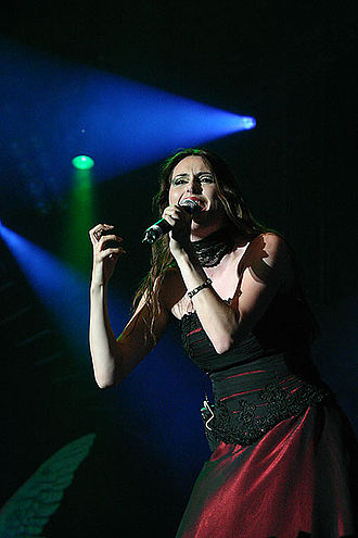 Within Temptation - Lead vocalist Sharon den Adel at the 2004 M'era Luna Festival.