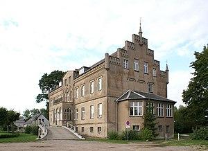 Carl Gustaf Wrangel - Image: Wrangelsburg Herrenhaus Suedwest
