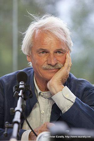 Français : Yann Arthus-Bertrand à l'université...