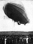 Zeppelin-lz3-landing-1909.jpg