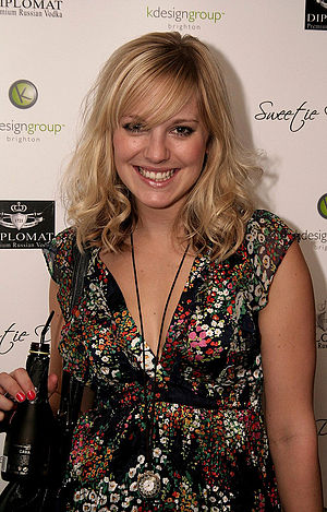 Sarah Barnes - Zoë Lister (pictured) plays Sarah's best friend Zoe Carpenter. Critics have praised the storylines the pair feature in.