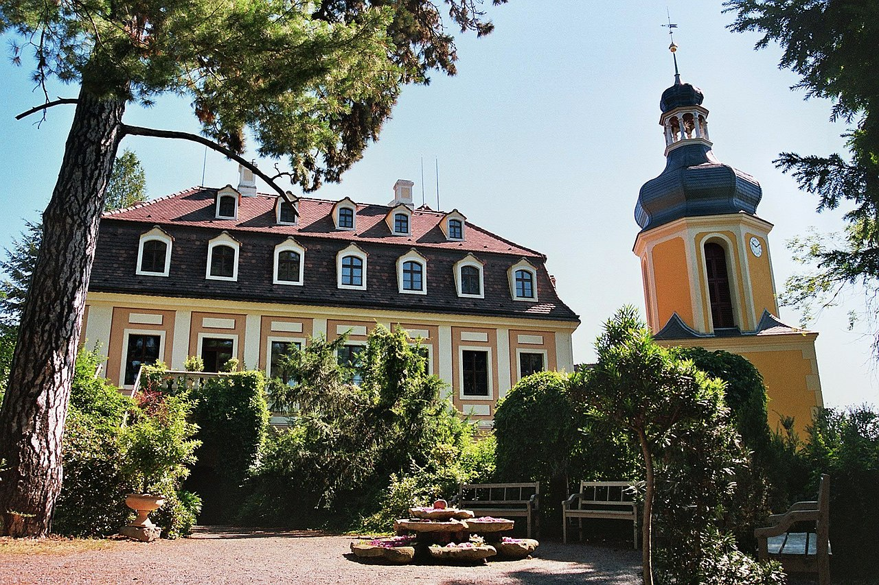 Kamelienschloss Zuschendorf bei Pirna