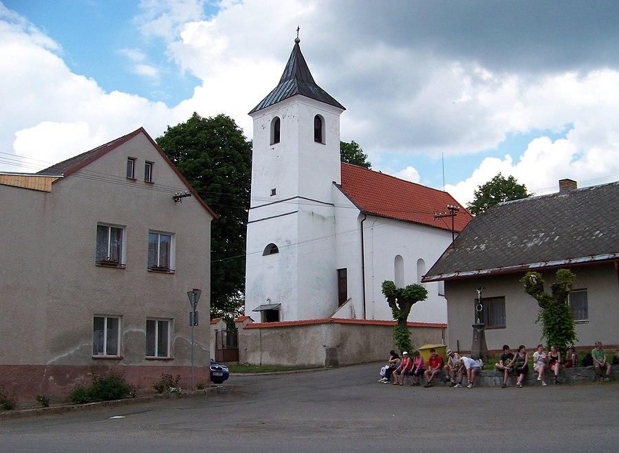 Červený Újezd (Benešov District)
