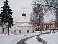 Амвросиевская церковь и палаты Ирины Годуновой - panoramio.jpg